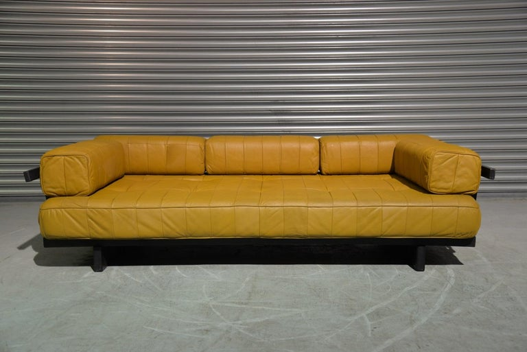 Discounted airfreight for our US and International Customers ( from 2 weeks door to door)  We are delighted to bring to you an extremely rare De Sede DS 80 patchwork leather daybed with full set of bolster patchwork cushions. Built in the 1960s to
