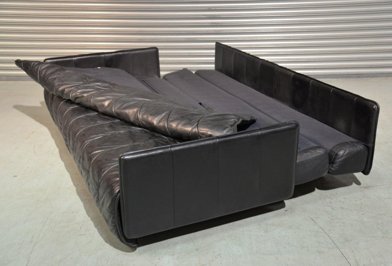 Vintage Swiss De Sede Leather Sofa / Daybed, 1970`s For Sale 5
