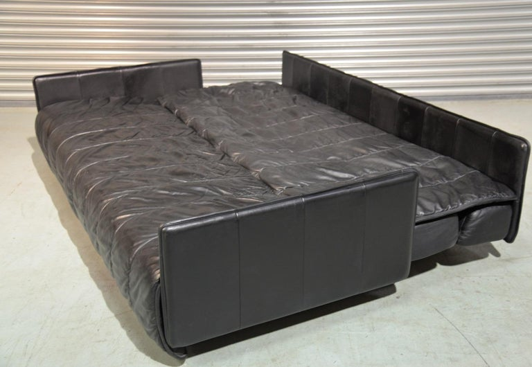 Vintage Swiss De Sede Leather Sofa / Daybed, 1970`s For Sale 6