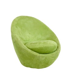 Vintage Swivel Egg Chair in the Style of Milo Baughman