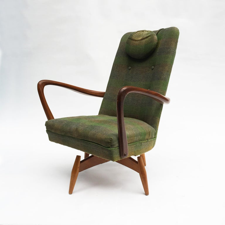 Mid-Century Modern Swivel Teak Vintage Armchair with Green Tartan, 1950s wing In Good Condition For Sale In  London, GB