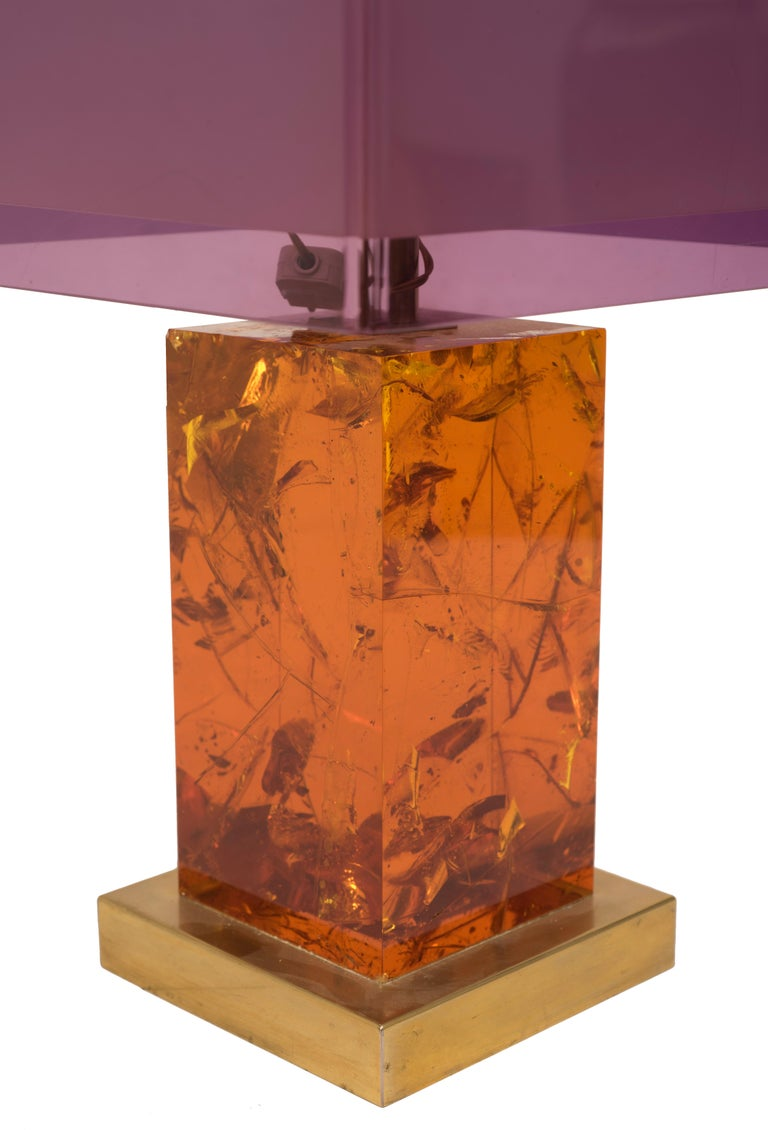 Vintage Table Lamp is an original design lamp designed by Italian Manufacturer in the 1970s.
