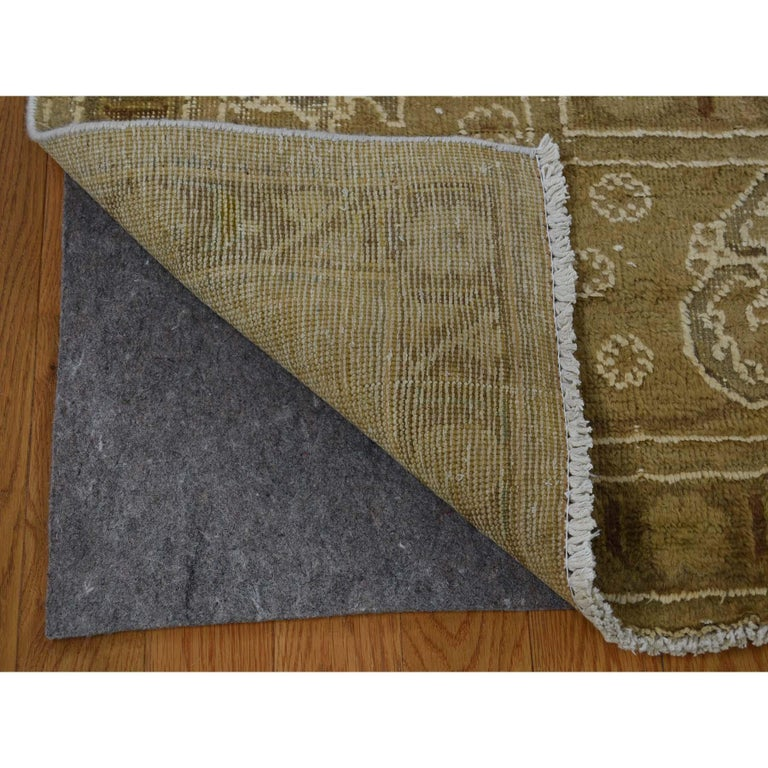 Vintage Tabriz Hand Knotted Pure Wool Oriental Rug In New Condition For Sale In Carlstadt, NJ