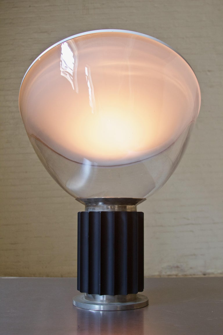 Mid-Century Modern Vintage Taccia Lamp by Pier Giacomo and Achille Castiglioni, Flos, 1962 For Sale