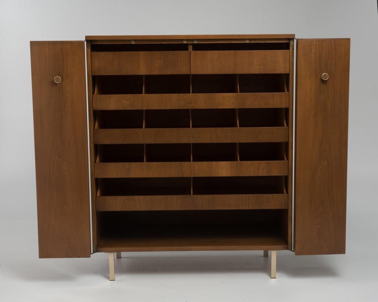 Vintage Tall Midcentury Men's Dresser Chest Johnson Furniture Paul Frankl For Sale 2