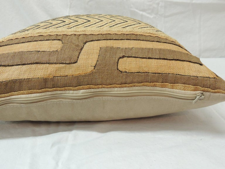 Vintage Tan and Black Handwoven Patchwork African Decorative Pillow In Good Condition For Sale In Wilton Manors, FL