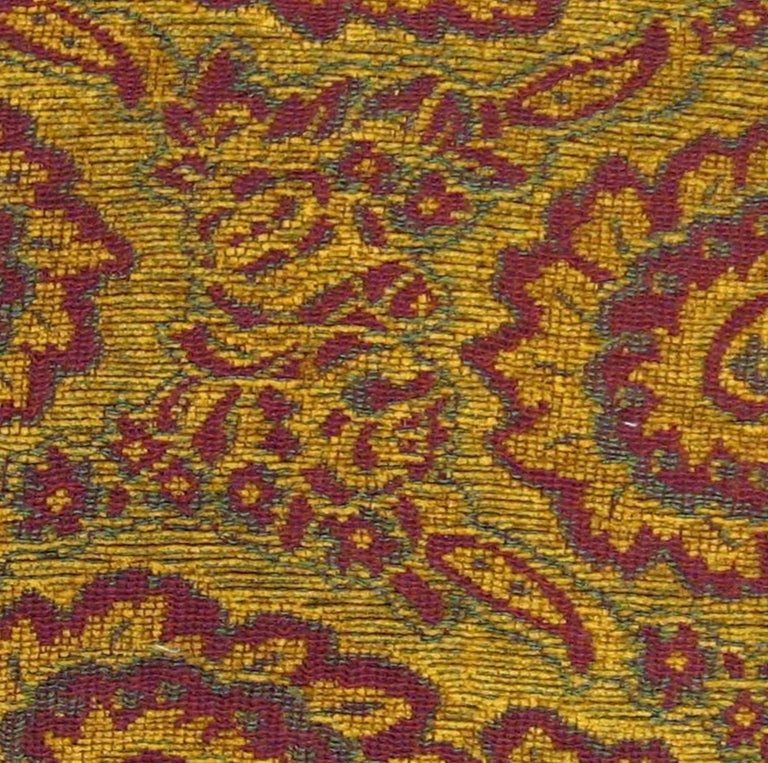 Vintage Decorative Tapestry Pillow, with Large Paisley Designs In Excellent Condition For Sale In New York, NY