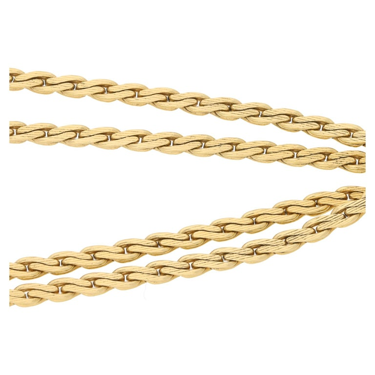 Vintage Tassel Necklace in 18 Karat Gold In Excellent Condition For Sale In London, GB