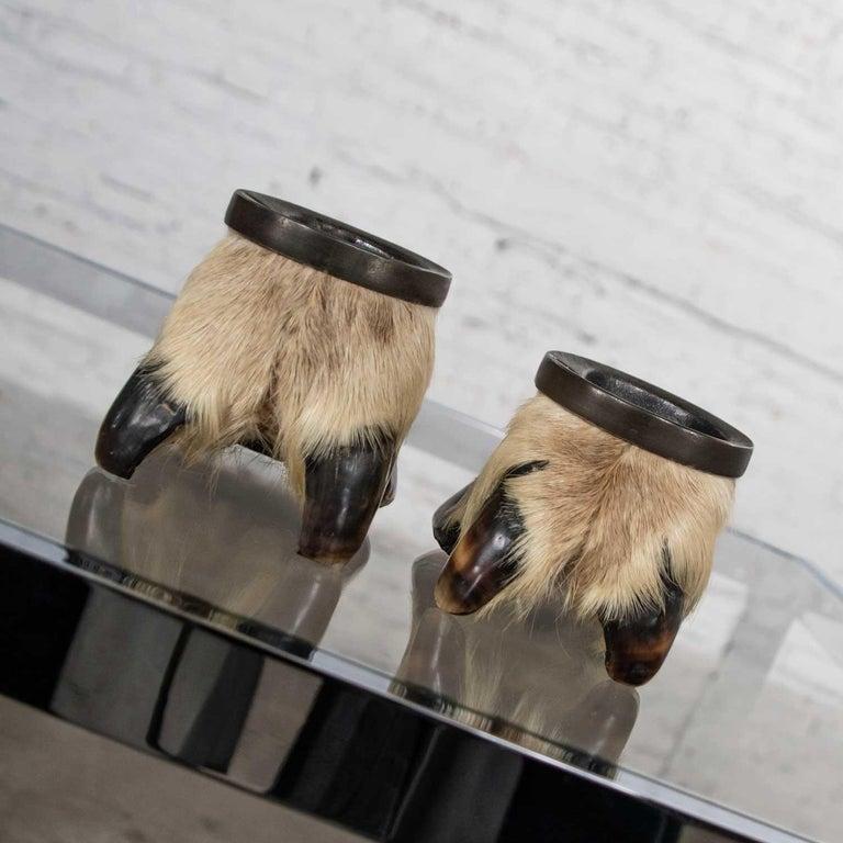 Vintage Taxidermy Caribou Hooves Bronze Ash Tray Vide-Poche Candleholder For Sale 1