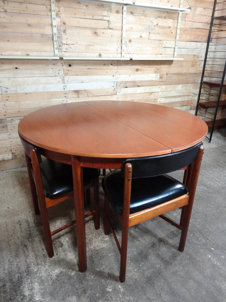 Mid-Century Modern Vintage Teak Foldout Dining Table 4 Chairs by Tom Robertson for McIntosh, 1960 For Sale