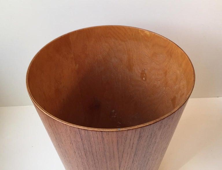Vintage Teak Paper Waste Basket by Martin Åberg for Servex, Sweden, 1950s In Excellent Condition For Sale In Esbjerg, DK