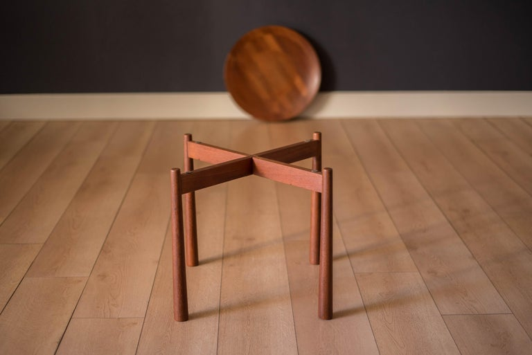 Mid-20th Century Vintage Teak Reversible Tray End Table by Dux