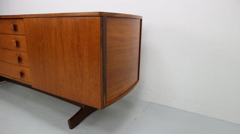 Vintage Teak Sideboard, 1960s For Sale 5