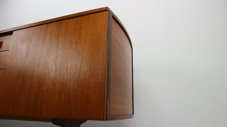 Vintage Teak Sideboard, 1960s For Sale 6