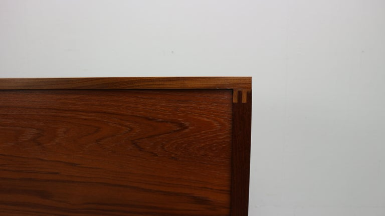 Vintage Teak Sideboard, 1960s For Sale 10