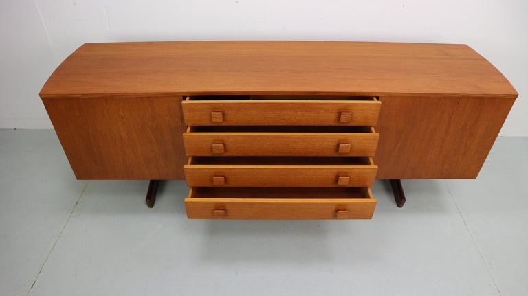 Vintage Teak Sideboard, 1960s In Good Condition For Sale In The Hague, NL