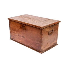 Vintage Teak Storage Chest with Heavily Grained Top, Java Mid-20th Century