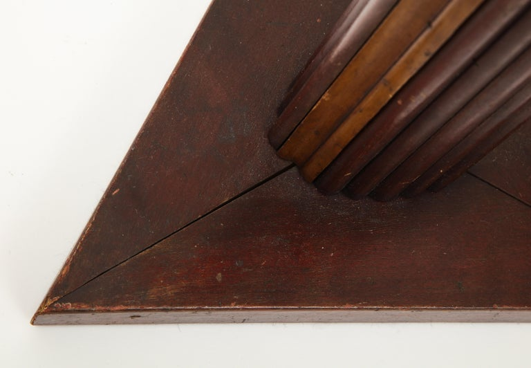 Vintage Textured Wooden Table Lamp with Triangular Base, France, 20th Century For Sale 3