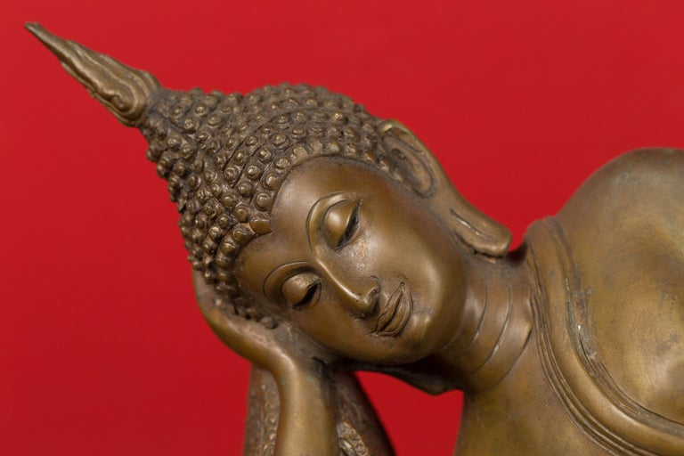 Vintage Thai Bronze Reclining Buddha Sculpture on Base with Lost Wax Technique For Sale 2