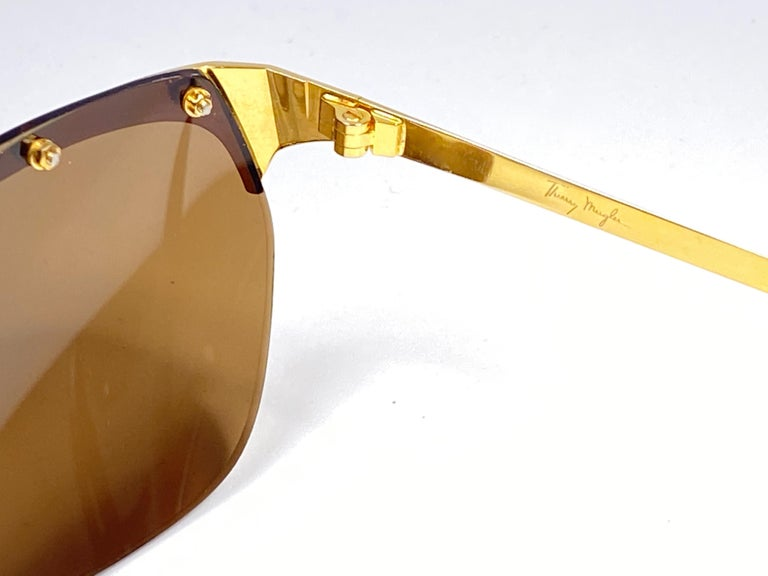 Vintage Thierry Mugler Rimless Gold Lenses Medium Size 1980's Paris Sunglasses In New Condition For Sale In Amsterdam, Noord Holland