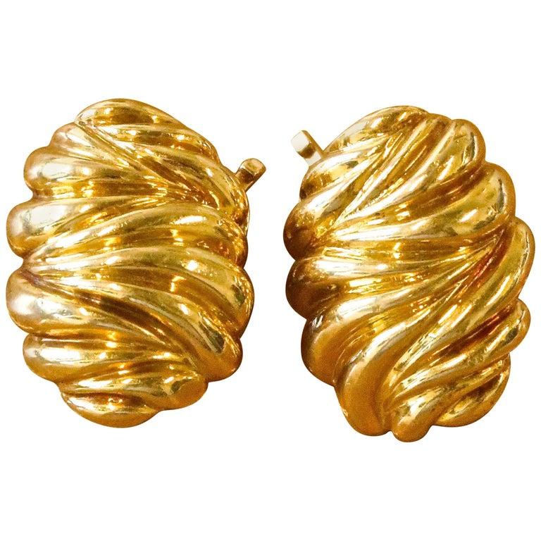Vintage Tiffany & Co. 18 Karat Gold Clip-On Earrings For Sale