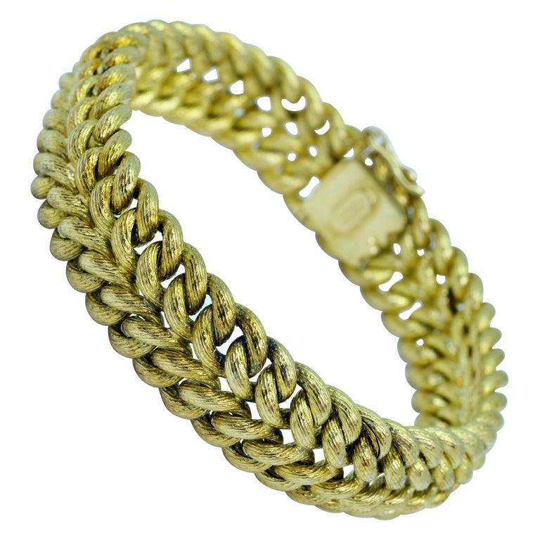 Vintage Tiffany & Co. 18 Karat Yellow Gold Double Curb Link Bracelet For Sale