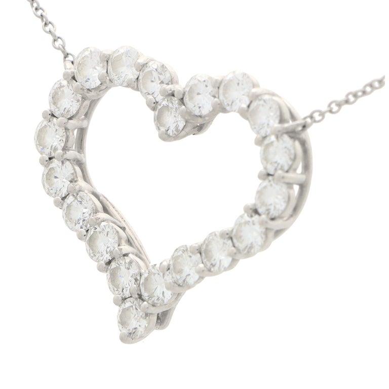Modern Vintage Tiffany & Co. Diamond Heart Pendant Necklace Set in Platinum For Sale