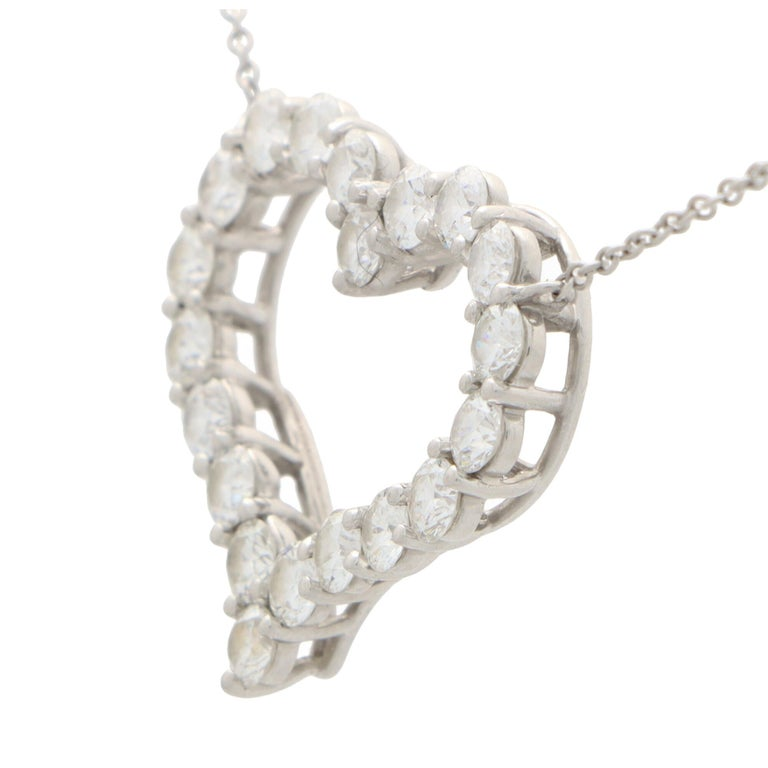 Round Cut Vintage Tiffany & Co. Diamond Heart Pendant Necklace Set in Platinum For Sale