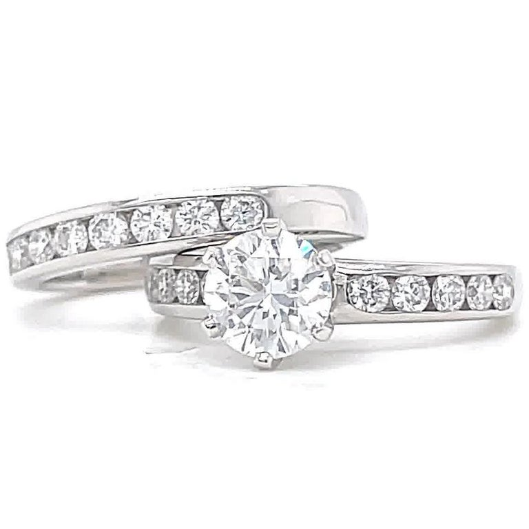 Vintage Tiffany & Co. Diamond Platinum Engagement Ring Set In Excellent Condition For Sale In Beverly Hills, CA