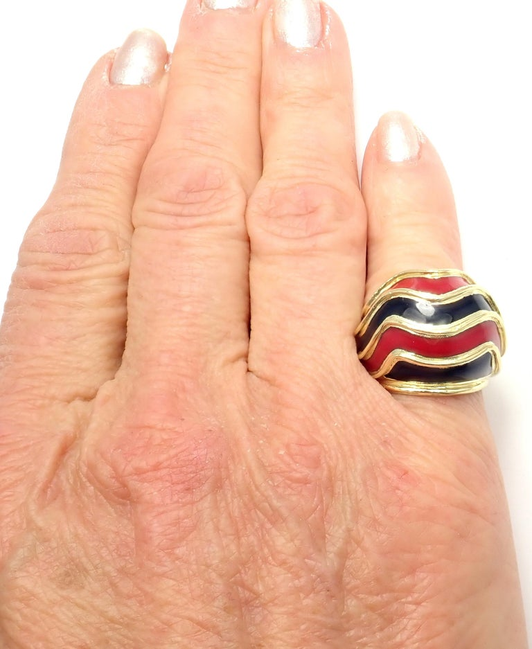 Vintage Tiffany & Co. Enamel Dome Yellow Gold Ring For Sale 6