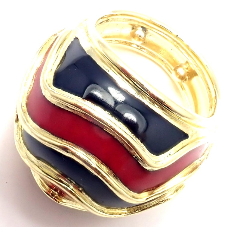Vintage Tiffany & Co. Enamel Dome Yellow Gold Ring For Sale 1