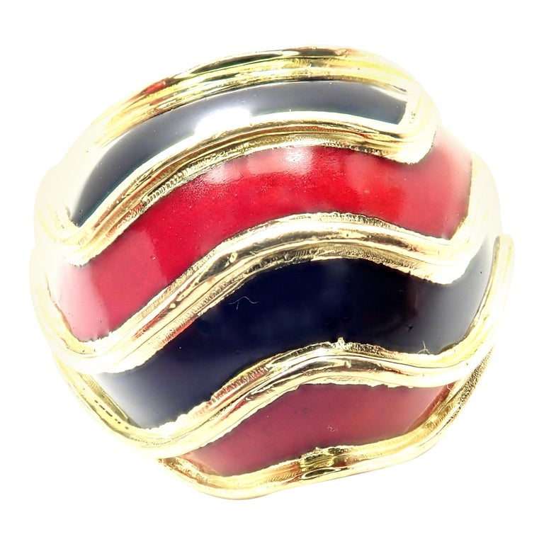 Vintage Tiffany & Co. Enamel Dome Yellow Gold Ring For Sale