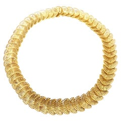 Vintage Tiffany & Co Fan Shell Yellow Gold Link Necklace
