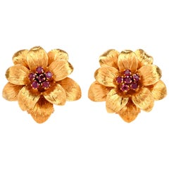 Vintage Tiffany & Co. Ruby Cluster Flower Gold Clip-On Earrings