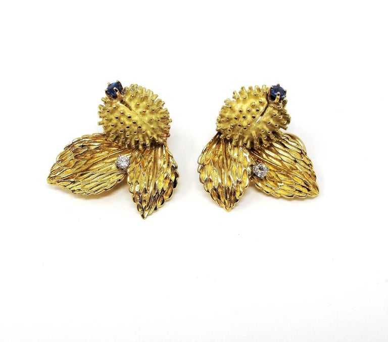 Round Cut Vintage Tiffany & Co. Sapphire and Diamond Leaf Botanical Earrings 18 Karat Gold For Sale