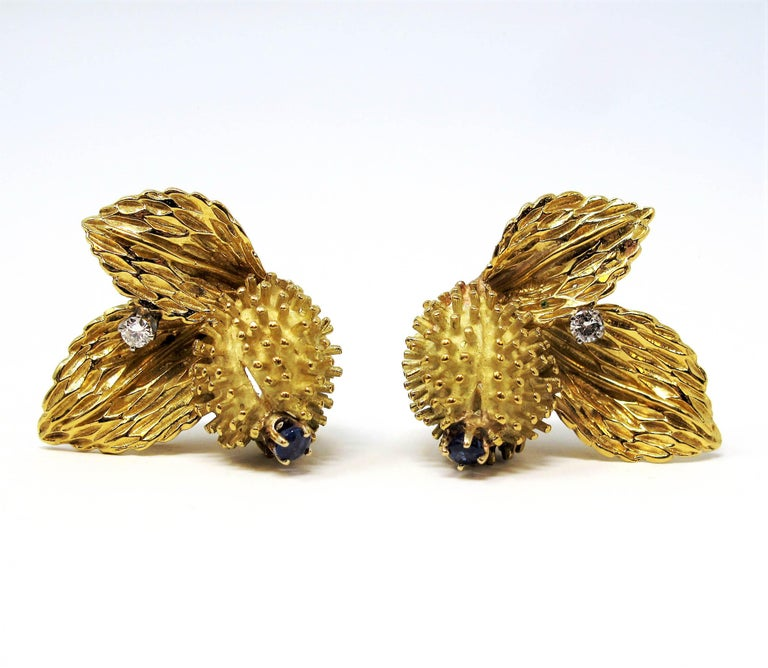 Vintage Tiffany & Co. Sapphire and Diamond Leaf Botanical Earrings 18 Karat Gold For Sale 1