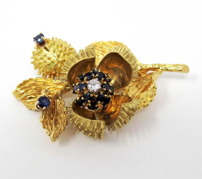 Vintage Tiffany & Co. Sapphire and Diamond Open Flower Brooch 18 Karat Gold For Sale 4