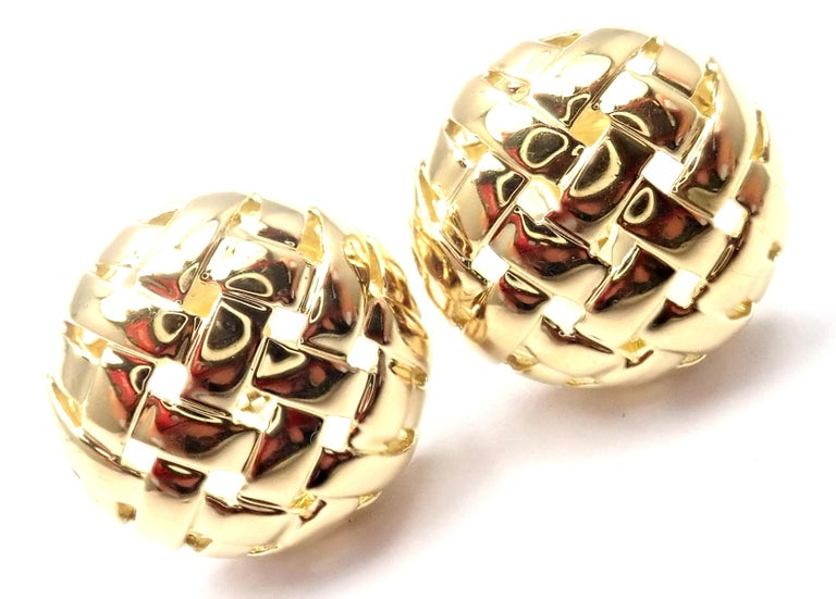 Vintage Tiffany & Co. Vannerie Basket Weave Yellow Gold Earrings For Sale 1