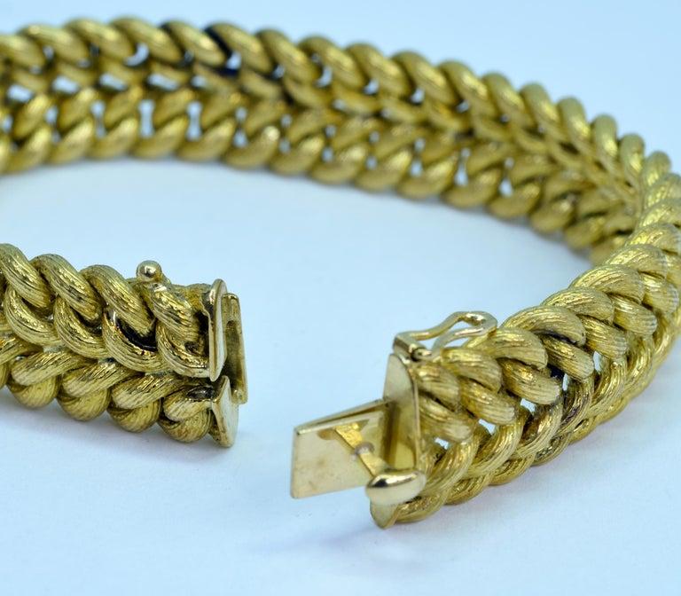 Vintage Tiffany & Co. 18 Karat Yellow Gold Double Curb Link Bracelet For Sale 1
