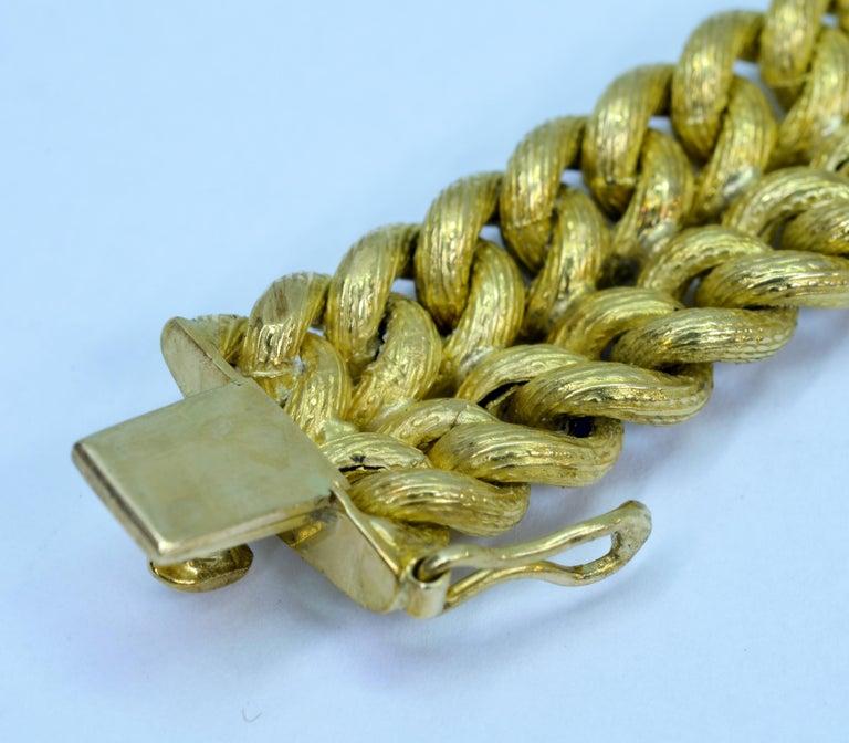 Vintage Tiffany & Co. 18 Karat Yellow Gold Double Curb Link Bracelet For Sale 2