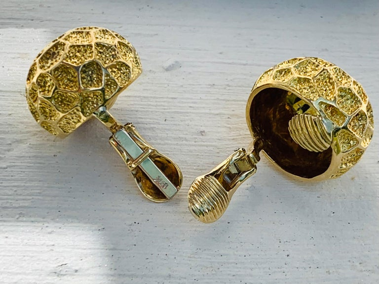 Modern Vintage Tiffany Moon Landing 18 Karat Gold Clip on Earrings For Sale