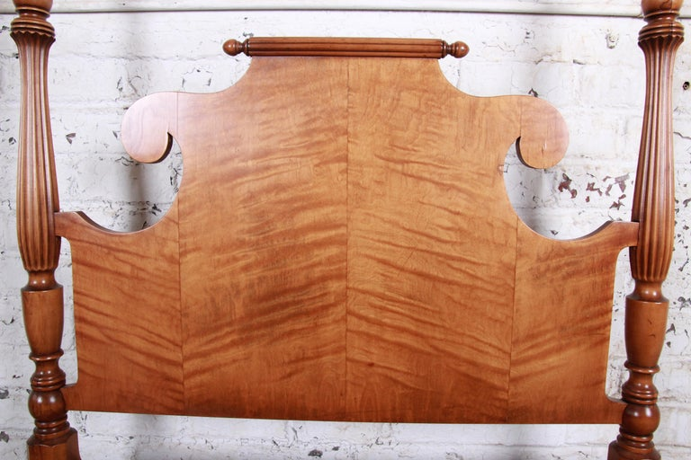 20th Century Vintage Tiger Maple Twin Pineapple Poster Bed For Sale