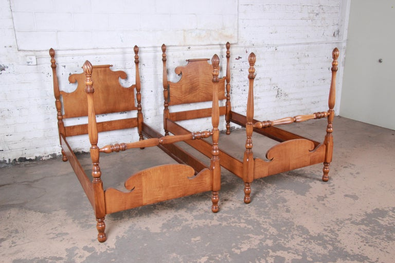 American Vintage Tiger Maple Twin Pineapple Poster Beds, Pair For Sale