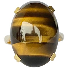 Vintage Tigers Eye and 18 Carat Gold Ring