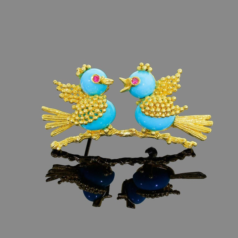 Vintage Toliro 18 Karat Gold Ruby and Turquoise Love Birds Pin Brooch For Sale 1
