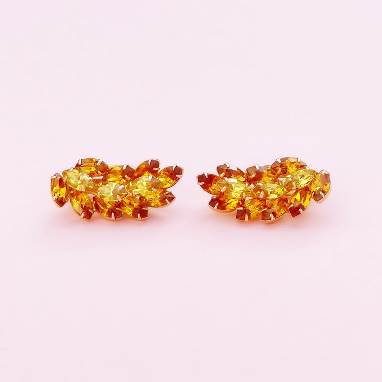 Vintage Topaz & Citrine Crystal Rhinestone Juliana-Style Climber Earrings, 1960s In Excellent Condition For Sale In Los Angeles, CA