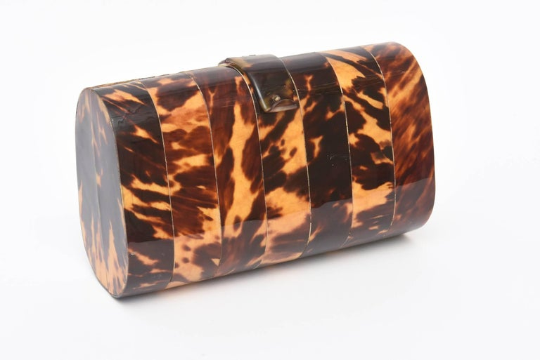 This Ultra Chic Vintage Tortoise Shell Clutch Eveing Bag Minaure Is Very In Now
