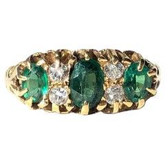 Vintage Tourmaline and White Sapphire 18 Carat Gold Three-Stone Ring