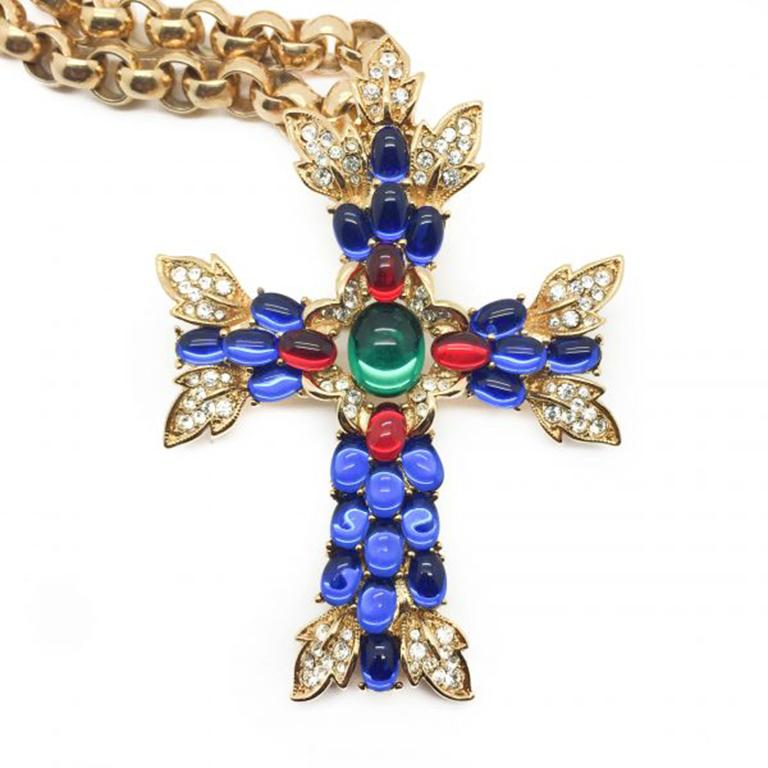 Women's Vintage Trifari Necklace & Brooch Moghul Style Cross With Gilt Chain 1990s For Sale