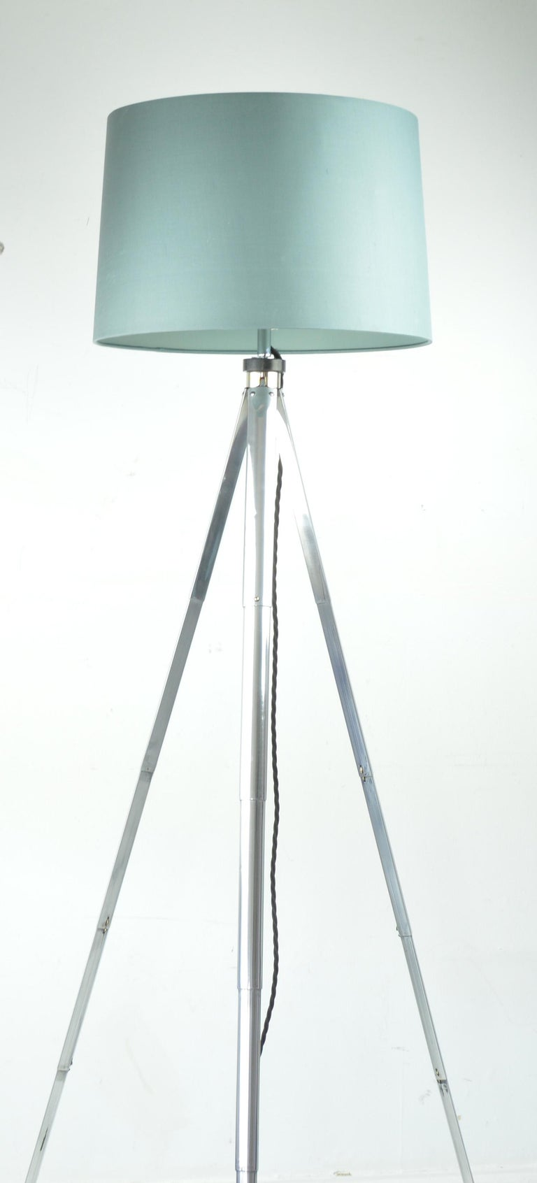 Industrial Vintage Tripod Floor Light, English, Mid-20th Century For Sale